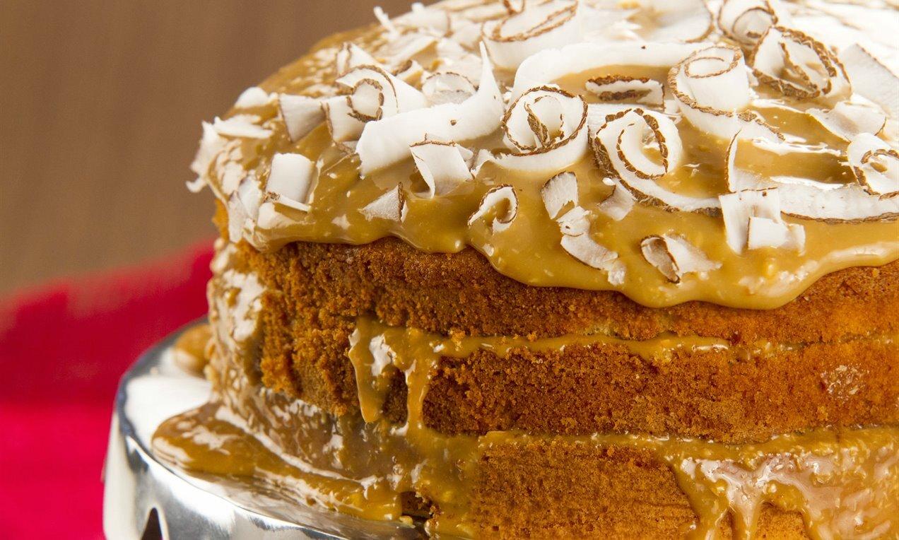 Naked Cake【 Aprenda a Fazer Os Bolos Mais Famosos da